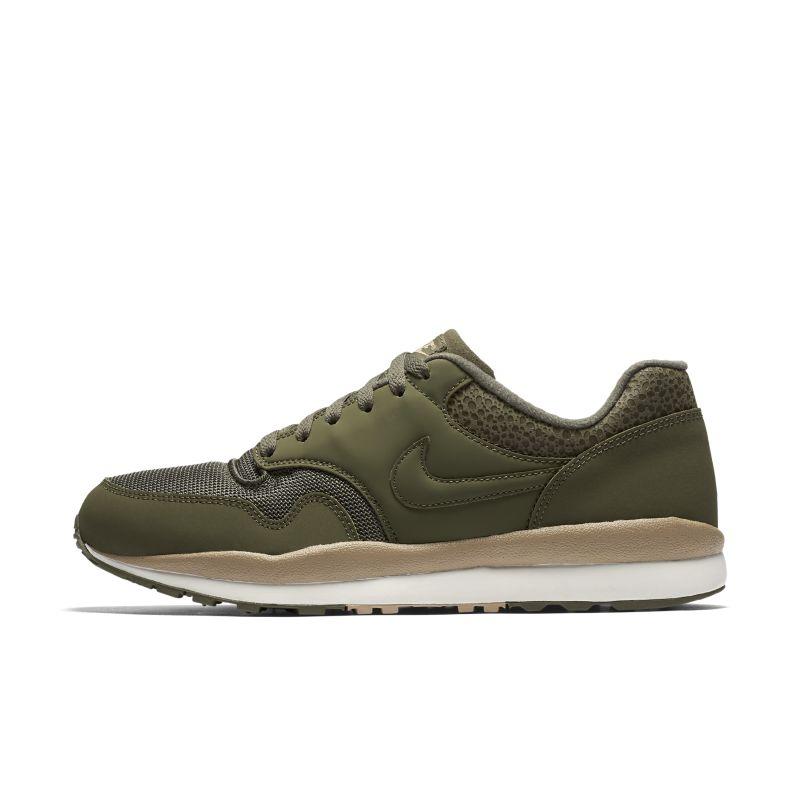 Image of Scarpa Nike Air Safari - Uomo - Olive