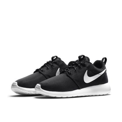 black nike roshe run men