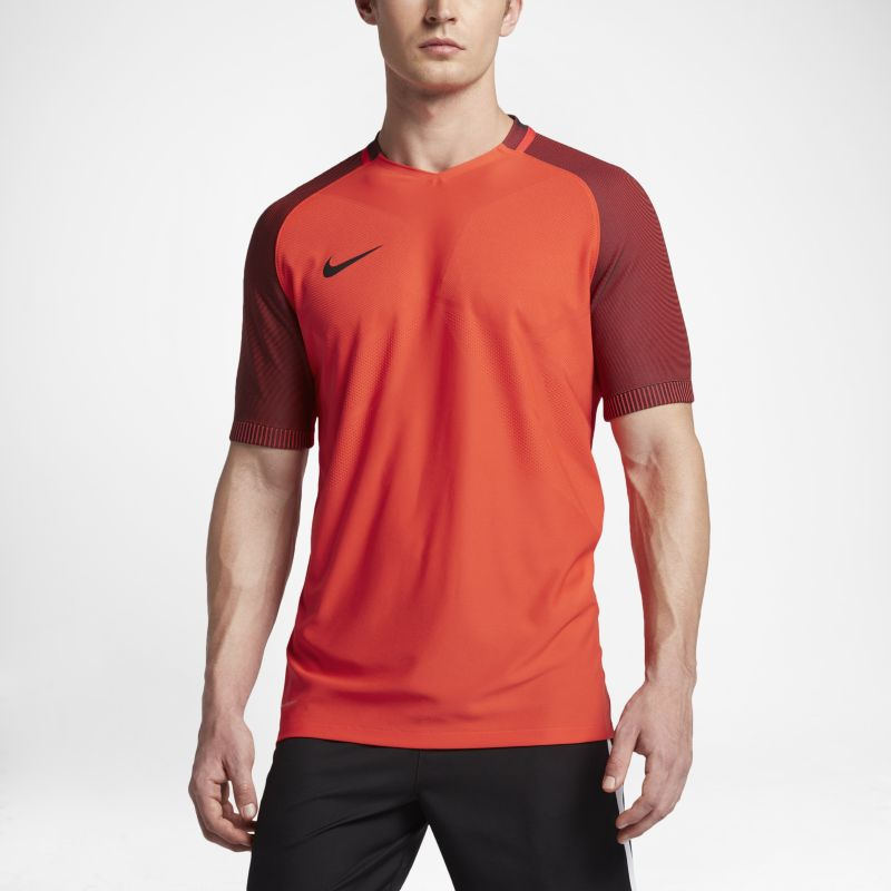 Nike Strike AeroSwift Men's Short-Sleeve Football Top - Orange