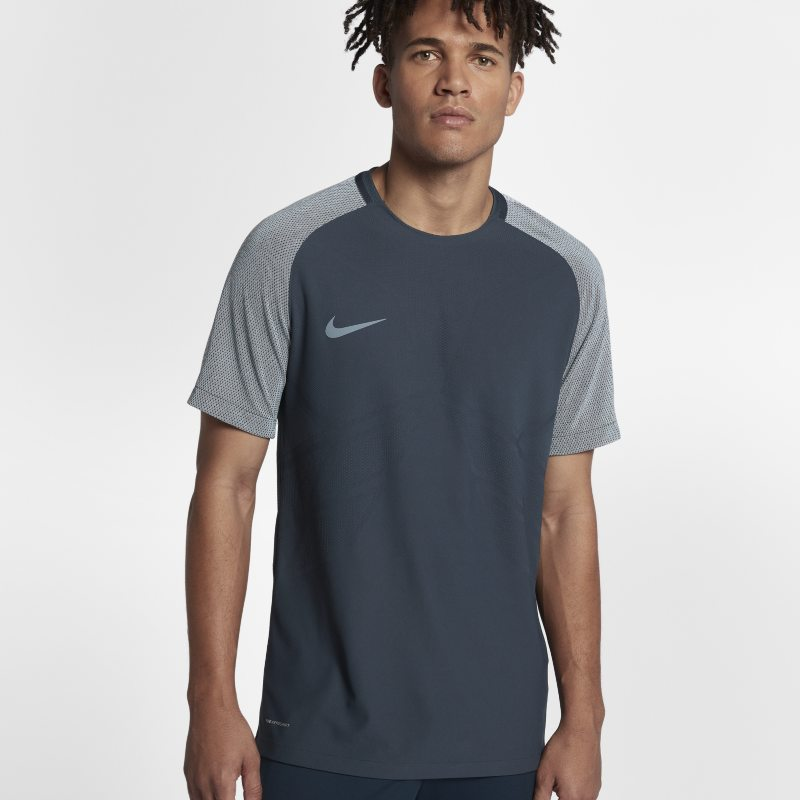 Nike Strike AeroSwift Strike Men's Short-Sleeve Football Top - Blue