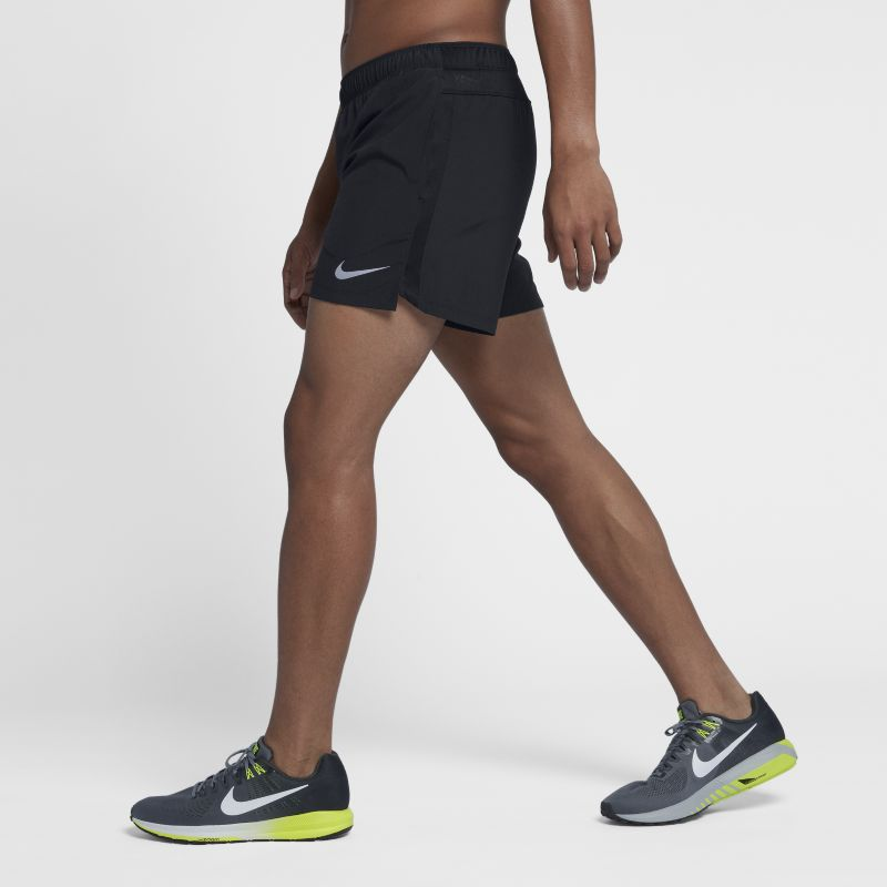 "Nike Challenger Men's 5""(12.5cm approx.) Lined Running Shorts - Black"