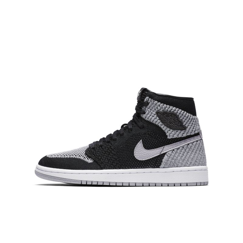 Air Jordan 1 Retro High Flyknit Older Kids' Shoe - Black