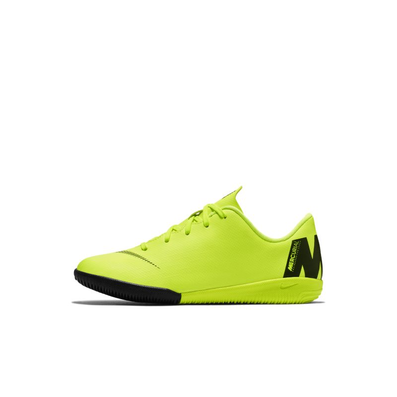 Nike Jr. MercurialX Vapor XII Academy Toddler/Younger Kids'Indoor/Court Football Shoe - Yellow