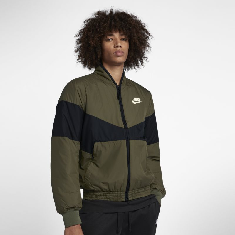Image of Giacca bomber con grafica Nike Sportswear Synthetic Fill - Uomo - Olive