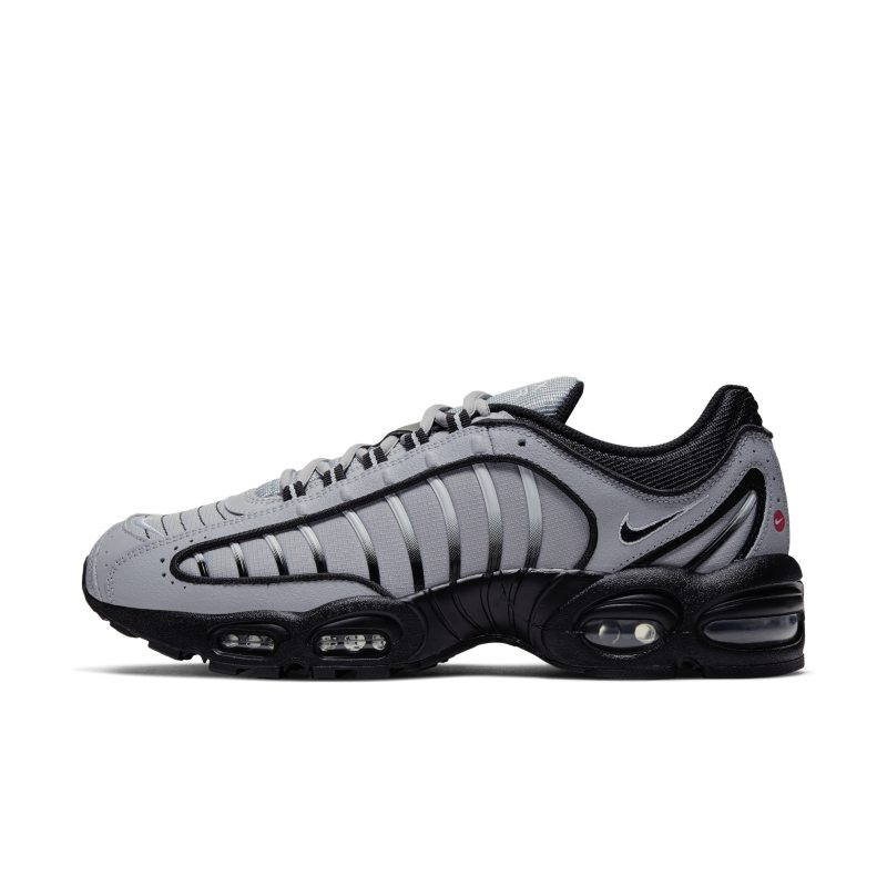 Chaussure Nike Air Max Tailwind IV pour Homme - Gris