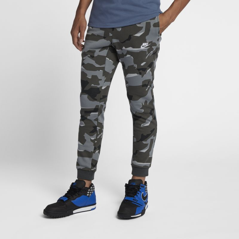 Nike Sportswear Club Men's Camo Joggers - Grey