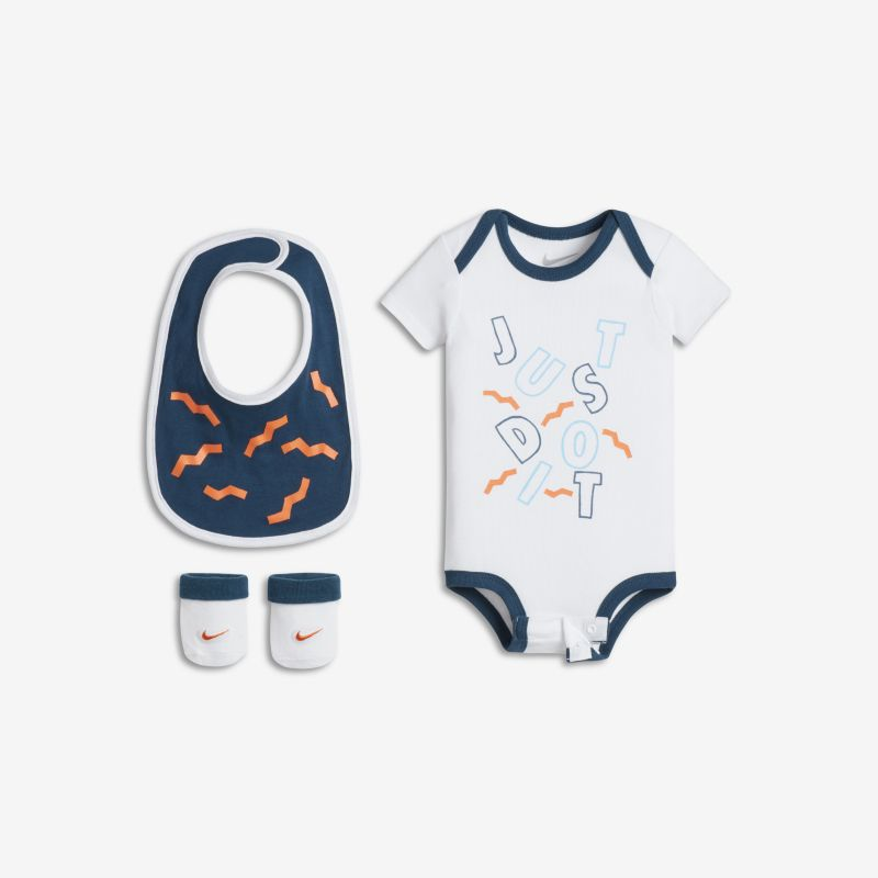 Nike Just Do It Pool Party Three-Piece Baby Set - White