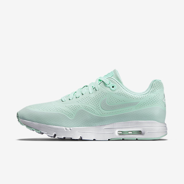 THE NIKE AIR MAX 1 ULTRA MOIRE WOMEN'S SHOE. on The Hunt