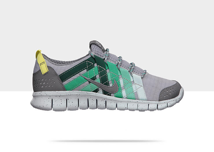 Nike Free Powerlines+ Women's Shoe