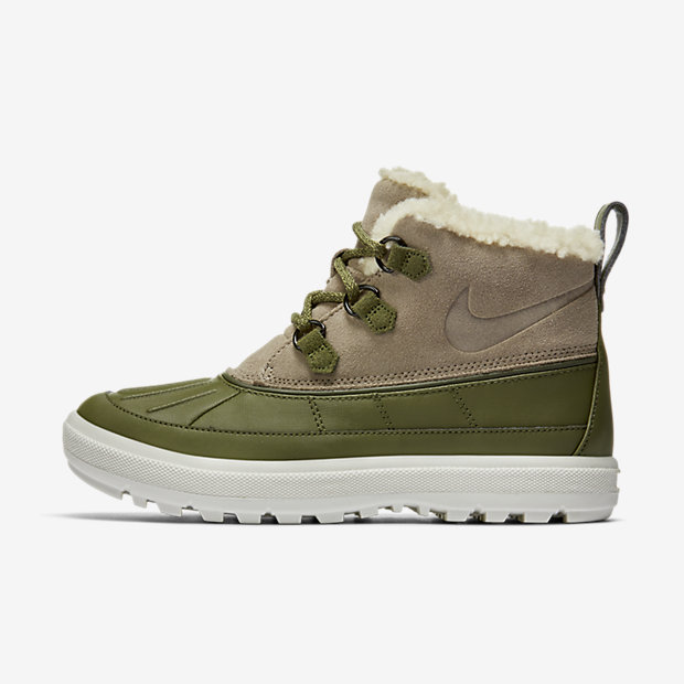 Nike Woodside Chukka 2 Womens Boot on PopScreen 7a30c18bb