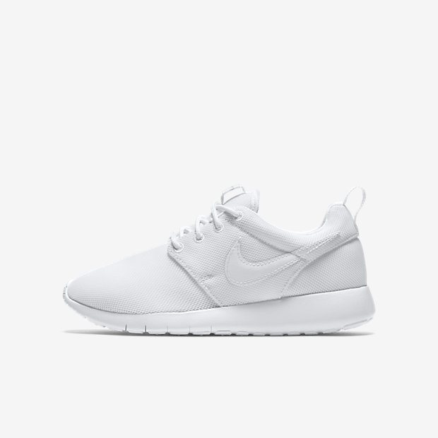 http://images.nike.com/is/image/DotCom/PDP_HERO/599729_102_A_PREM/roshe-one-older-shoe.jpg