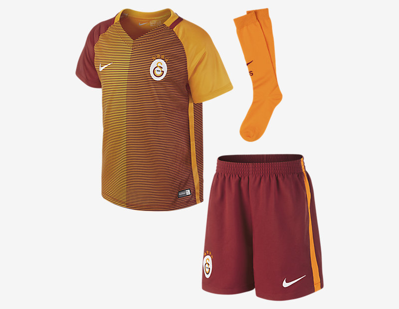 2016/17 Galatasaray S.K. Stadium Away