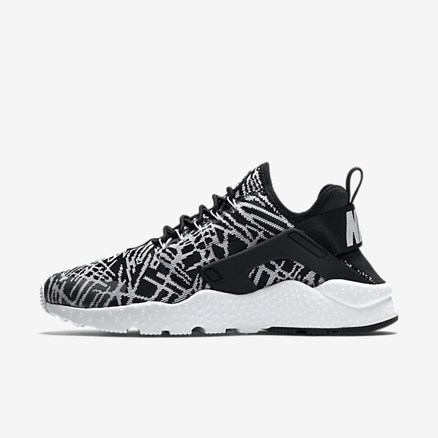 Nike Air Huarache Run Ultra W chaussures noir blanc