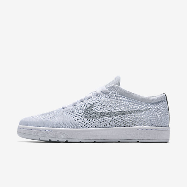 http://images.nike.com/is/image/DotCom/PDP_HERO/833860_101_A_PREM/nikecourt-tennis-classic-ultra-flyknit-shoe.jpg