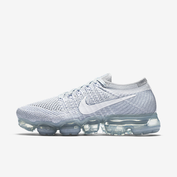 Nike Air Vapormax Flyknit Running Shoe Women