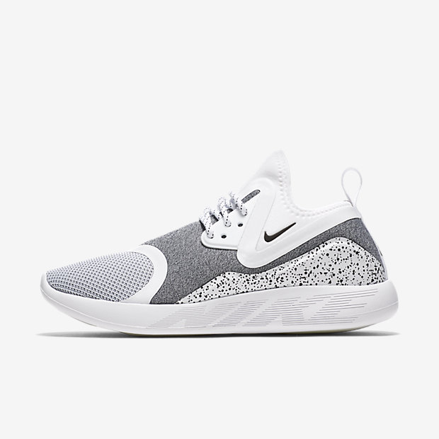 nike lunarcharge essential women 39 s shoe ie. Black Bedroom Furniture Sets. Home Design Ideas