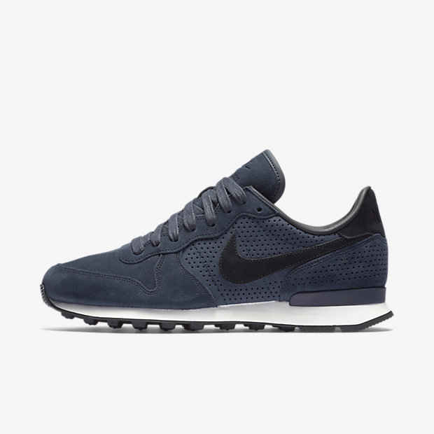 http://images.nike.com/is/image/DotCom/PDP_HERO/NIKE-INTERNATIONALIST-LX-827888_400_A_PREM.jpg