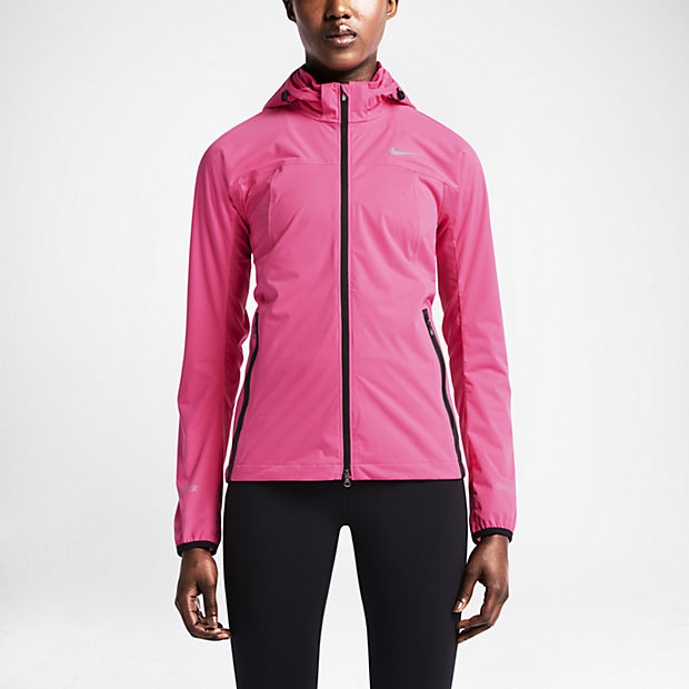 Browse our wide range of Running Jackets with waterproof, windproof, breathable, lightweight & reflective features perfect for Road & Trail Running today!