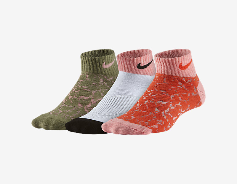 Image of Nike Graphic Lightweight Low-Cut