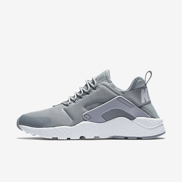 Perfect Find This Pin And More On Sneakers Fever Nike Huarache Acolytes Can Take One Look At This April, 2014 Duo Of Releases And Notice That Something Is A Little Off These Pairs Feature A Triangular Set Up There That Is  Continue Reading