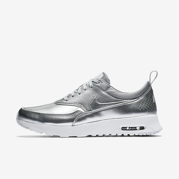 nike air max thea size 9 nouvelle nike air max 95. Black Bedroom Furniture Sets. Home Design Ideas