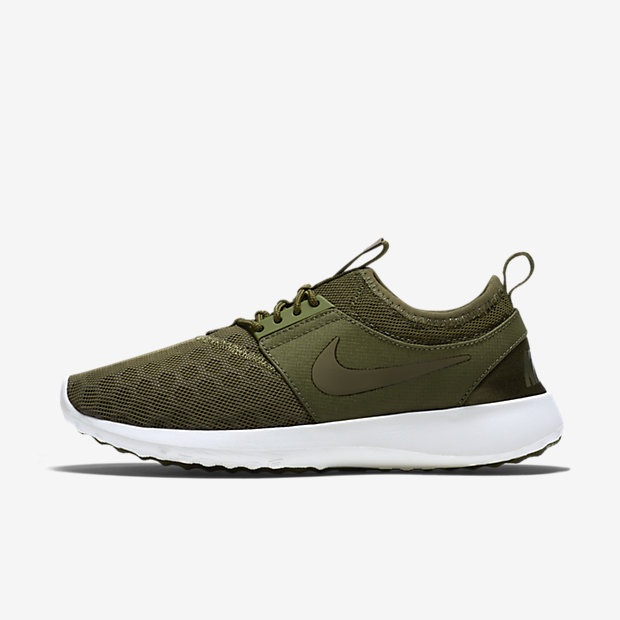 Brilliant VERY Comfortable And Not A Bulky Shoe, Which IsRead Complete Review I Have Been Waiting For The Perfect Pair Of Nikes To Purchase And When I Tried These On I Knew I HAD To Buy It VERY Comfortable And Not A Bulky Shoe, Which Is What I