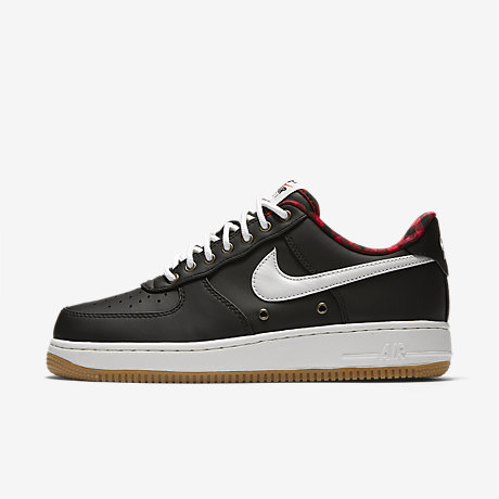 Nike Air Force Lv8