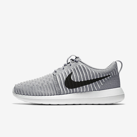 Cheap Nike Roshe Two Flyknit (36) Older Kids 'Shoe. Cheap Nike PT