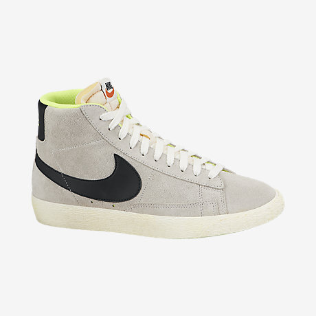 d0d59bb7ad484 ... Nike Blazer Mid Suede Vintage Womens Shoe 518171 011 A