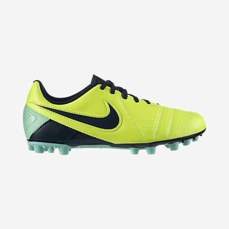 chaussure nike ctr360