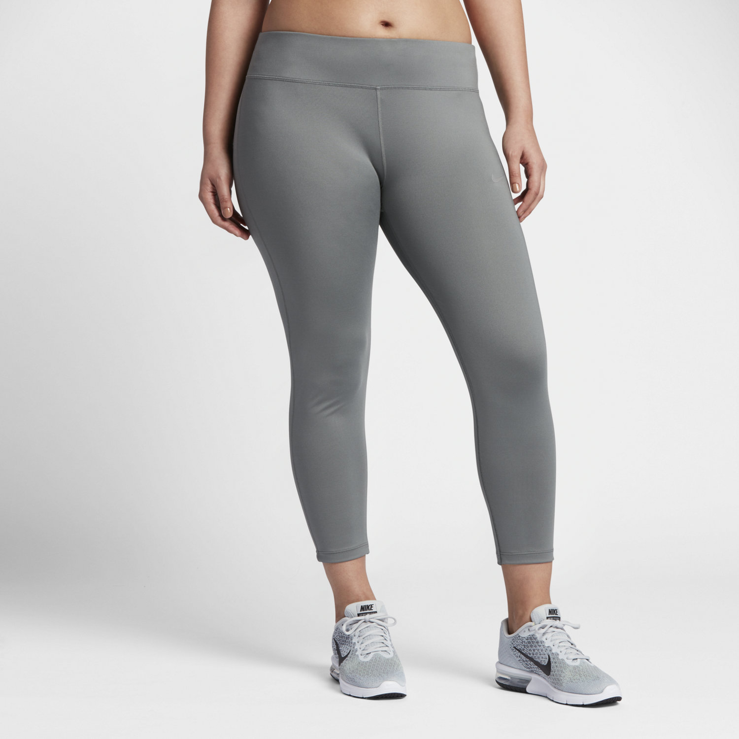 Whether you need compression bike shorts, a basic running tee, workout tanks or bra tops, there is something to be found for everyone in our fabulous selection of plus size run and bike gear. We're dedicated to helping you find your perfect fit, style and size.