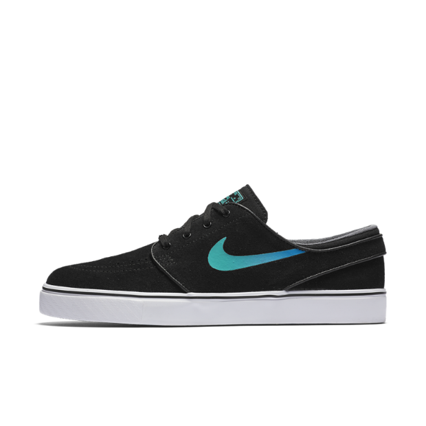 The Nike SB Zoom Janoski Canvas Unisex Skateboarding Shoe.