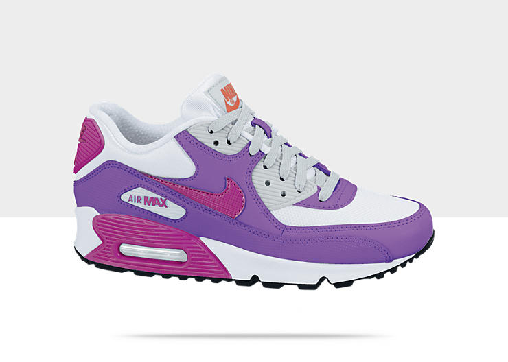 girls air max nikes