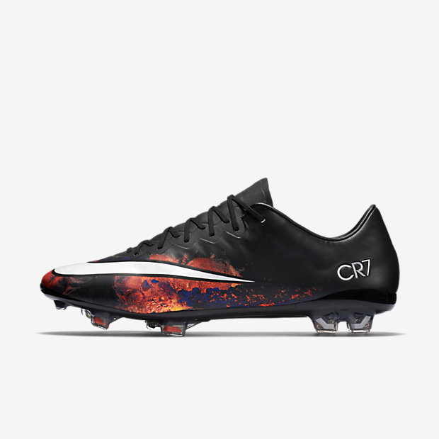 Black, Total Crimson, Metallic Silver, White Mercurial Vapor X FG CR7
