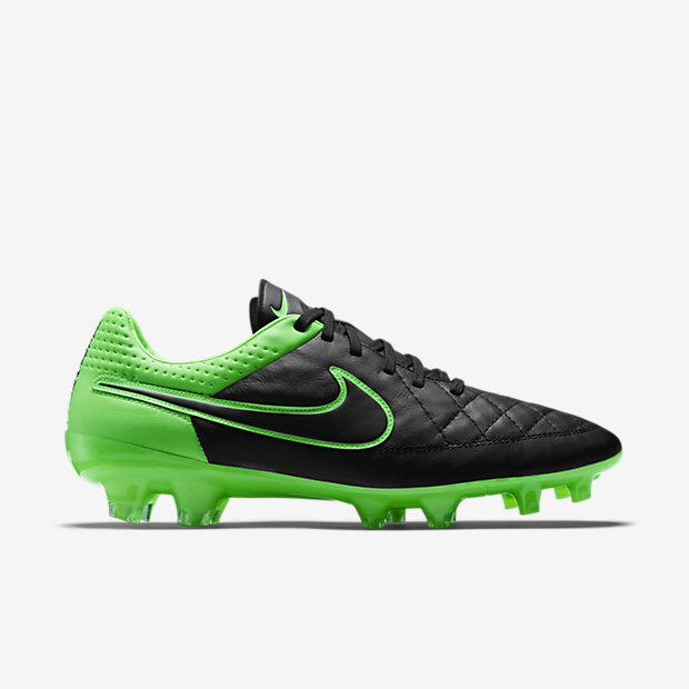 Black, Green Strike, Black Tiempo Legend V FG