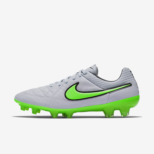 Wolf Grey, Green Strike Tiempo Legend V FG