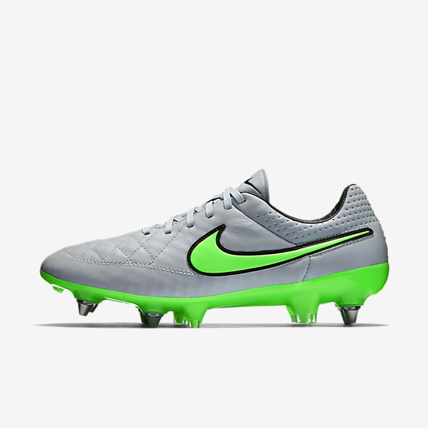Wolf Grey, Green Strike Tiempo Legend V SG-PRO