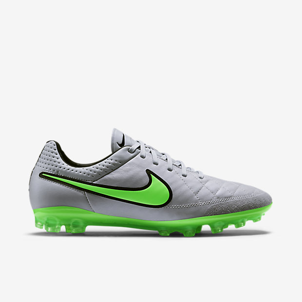 Wolf Grey, Green Strike Tiempo Legend V AG-R