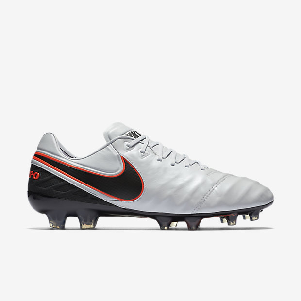 Pure Platinum, Metallic Silver, Black Tiempo Legend VI FG