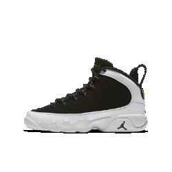 Кроссовки для школьников Air Jordan 9 RetroДизайн кроссовок для школьников Air Jordan 9 Retro вдохновлен красотой Японии. Легкая амортизирующая подошва делает посадку удобной, а подметка украшена словами на разныхязыках, обозначающими качества, необходимые, чтобы стать легендарным игроком.<br>