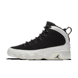 Мужские кроссовки Air Jordan 9 RetroМужские кроссовки Air Jordan 9 Retro отдают дань уважения оригинальной модели 1993 года с превосходной амортизацией и комфортом, характерным для обуви Jordan.<br>