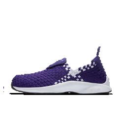 Мужские кроссовки Nike Air WovenМужские кроссовки Nike Air Woven — обновленная версия модели 2000 года с тканой конструкцией и мягкой амортизацией как у оригинала и усовершенствованной посадкой.<br>