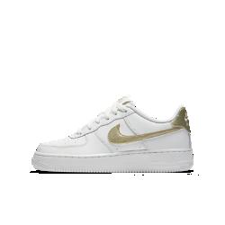 Кроссовки для школьников Nike Air Force 106Кроссовки для школьников Nike Air Force 106— новая версия легендарных AF-1 с современными деталями, сочетающая классический стиль, новые материалы и контрастную расцветку.<br>