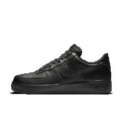 Мужские кроссовки Nike Air Force 107Мужские кроссовки Nike Air Force 107— это продолжение легенды, современная трактовка классической модели, свежие идеи в традиционном дизайне.  Преимущества  Верх из натуральной кожи, синтетического материала или текстиля (материал зависит от расцветки) Перфорация обеспечивает вентиляцию Подошва из пеноматериала со скрытой амортизирующей вставкой Air Не оставляющая следов резиновая подметка для более эффективного сцепления и долговечности Мягкий бортик для плотной и удобной посадки  Истоки Air Force 1 Эта изначально баскетбольная модель была названа в честь президентского самолета США Air Force One («Борт номер один»). Эти кроссовки появились в 1982 году и стали первой баскетбольной моделью с технологией Nike Air, совершив революцию в игре и стремительно завоевав популярность по всему миру: от уличных спортивных площадок и до хип-хоп-культуры. Современные кроссовки Air Force 1 сохраняют верность традициям благодаря мягкой амортизации, но все же главное отличие этой модели — ее культовый статус. Классика  Металлическая табличка AF-1 на шнуровке обозначает год, когда модель была представлена впервые.  Комфорт  Прочная подошва из пеноматериала с полноразмерной вставкой Nike Air обеспечивает амортизацию без утяжеления и защиту от ударных нагрузок.<br>