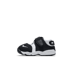 Обувь для малышей Nike RiftОбувь для малышей Nike Rift из легких материалов с удобными регулируемыми ремешками обеспечивает невероятный комфорт.<br>