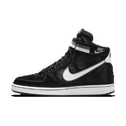 Мужские кроссовки Nike Vandal High SupremeМужские кроссовки Nike Vandal High Supreme — версия классической модели 1985 года с обновленной текстильной конструкцией. Высокий бортик и регулируемый ремешок на голеностопекак у оригинальной модели создают ретростиль Nike.<br>