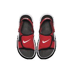 Сандалии для дошкольников/школьников Nike Sunray Adjust 4Сандалии для дошкольников/школьников Nike Sunray Adjust 4 быстро сохнут и обеспечивают комфорт благодаря верху из синтетической ткани и легкому пеноматериалу Phylon. Идеальный вариант для купания и пляжа.<br>