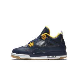 Кроссовки для мальчиков школьного возраста Air Jordan 4 RetroКроссовки для мальчиков школьного возраста Air Jordan 4 Retro — это узнаваемый силуэт с поддержкой голеностопа и инновационной поддерживающей сеткой для надежной посадки и воздухопроницаемости.<br>
