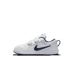 Кроссовки для дошкольников Nike Pico 4Кроссовки для дошкольников Nike Pico 4 обеспечивают надежную посадку и превосходное сцепление, а особая конструкция создает комфортные условия для растущей стопы. Регулируемые ремешки и язычки на задниках позволяют легко надевать и снимать кроссовки.<br>