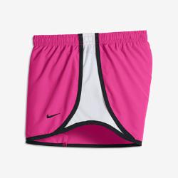 Беговые шорты для девочек школьного возраста Nike Tempo 9 смБеговые шорты для девочек школьного возраста Nike Tempo 9 см из влагоотводящей ткани обеспечивают комфорт во время пробежки и создают классический спортивный образ.<br>